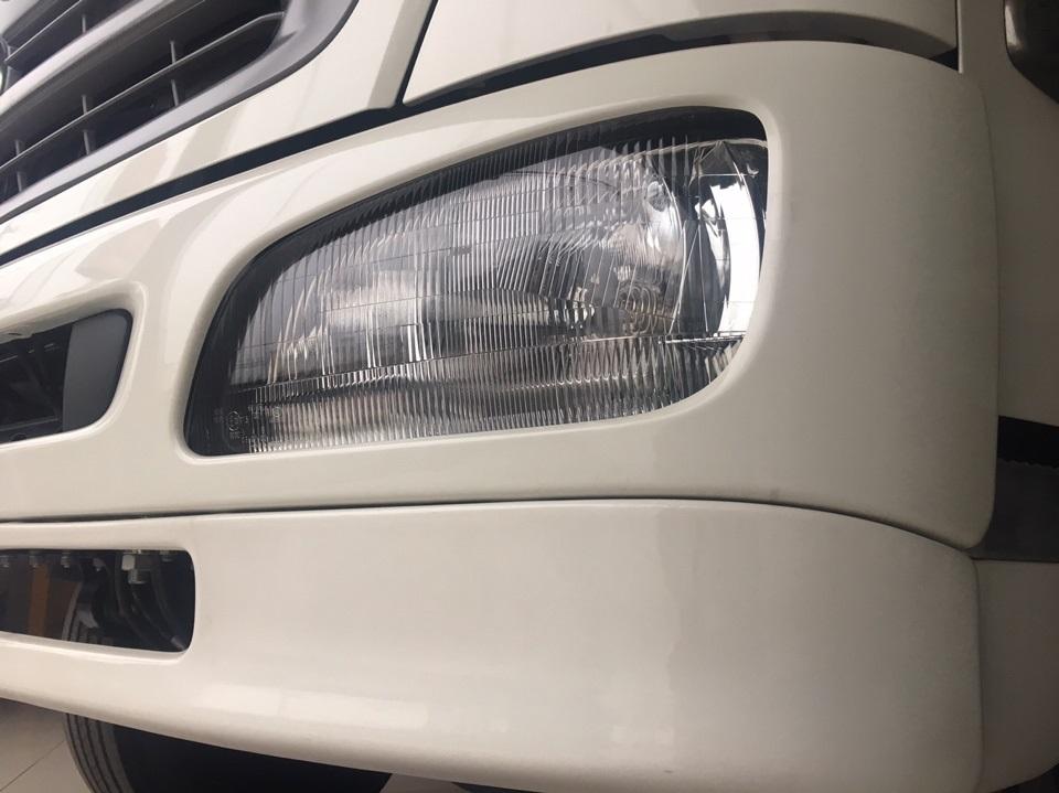 đèn phe xe hino