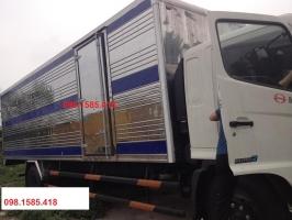 Xe Hino FG8JPSB thùng kín dài 7.2m, tải 8 tấn